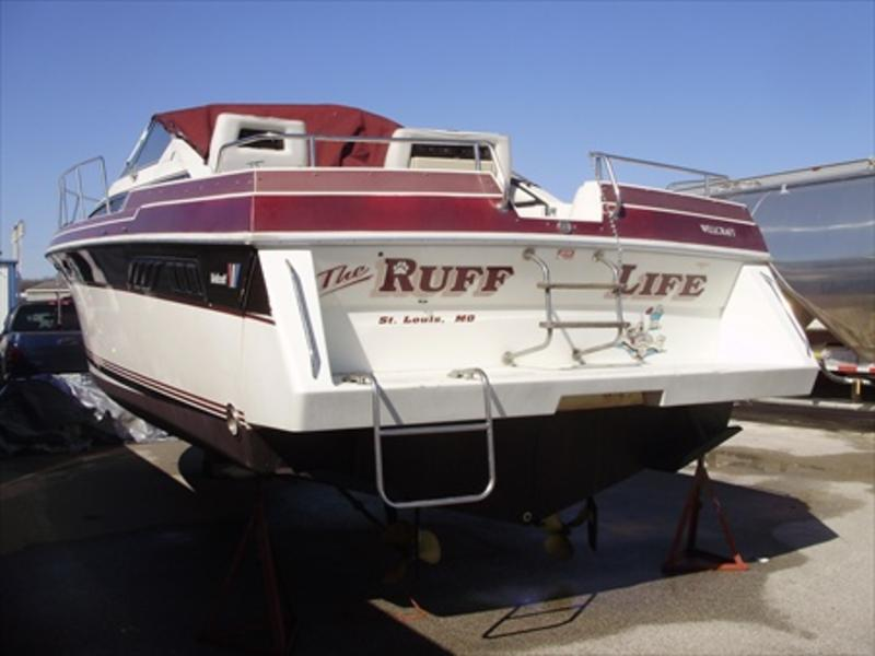 1988 Wellcraft St. Tropez located in Missouri for sale