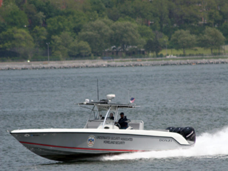 2006 Donzi 38 ZF located in New York for sale
