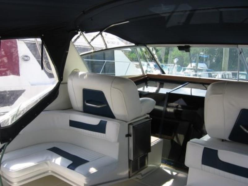Sea Ray 390 EC