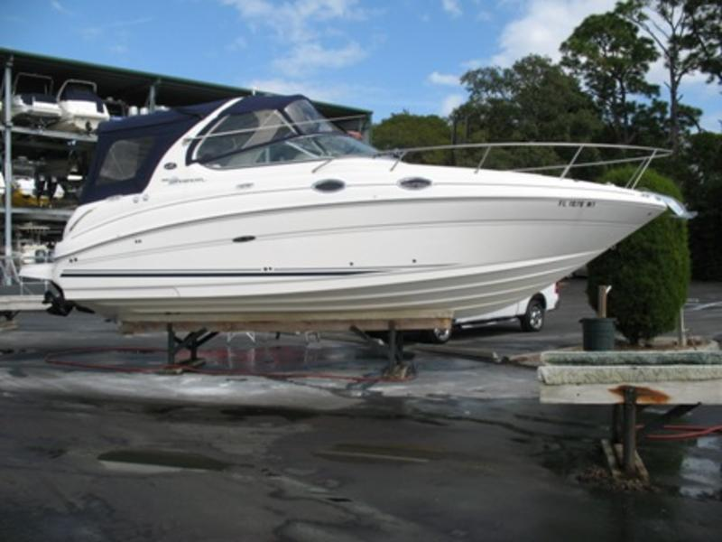 2005 Sea Ray 28 Sundancer located in Florida for sale