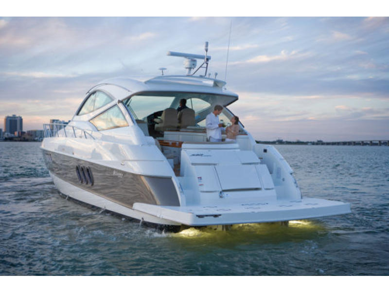 2008 Cruisers Yachts 520 Sports Coupe located in California for sale