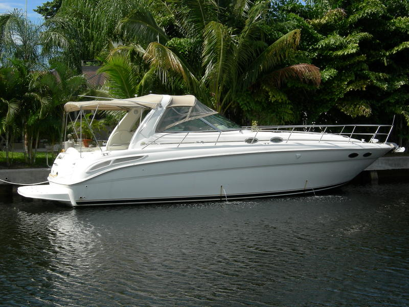 2000 Sea Ray Sundancer located in Florida for sale