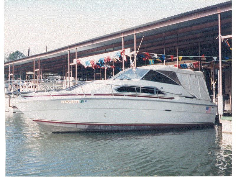 1980 SeaRay Weekender located in Oklahoma for sale