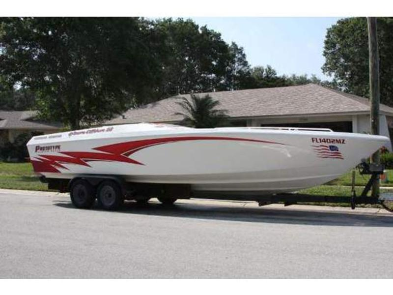 1997 Custom Built Offshore 28 located in Florida for sale