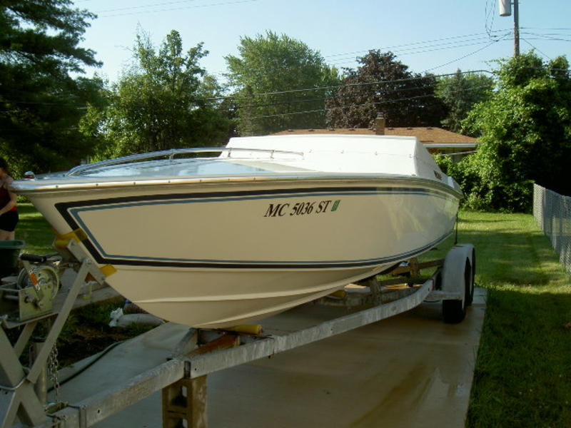 1995 Superboat 24 located in Michigan for sale