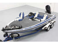 Skeeter 21i Dual Console Bass Boat Click to launch Larger Image