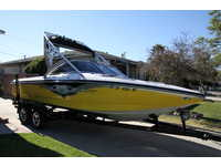 2005 Long Beach California 22 Centurion Avalanche