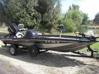 2006 Tracy California 19 Bass Tracker Pro Team 190TX