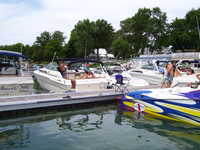 1986 ashland Ohio 30 searay sundancer