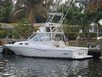 2002 Ft. Lauderdale Florida 35 Boston Whaler Defiance