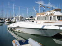 1999 Stockton California 38 Fountain Sportcruiser